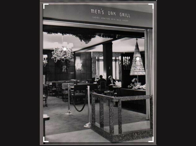 Dayton's Men's Oak Grill