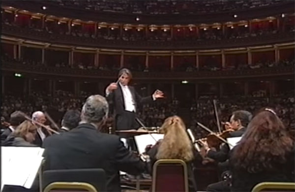 "Michael Tilson Thomas conducting the San Francisco Symphony playing the March from ""Love for Three Oranges"""